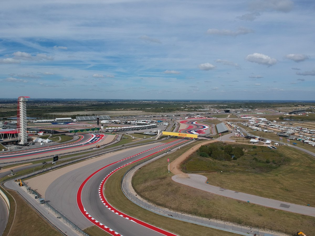 Thursday done at @COTA  Can&#39;t wait to drive tomorrow  #r8g #homerace #usgp<br>http://pic.twitter.com/TAGVAmvID5