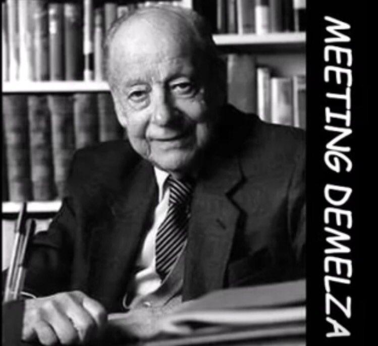 https:// m.youtube.com/watch?v=IyaA1k lDxgg &nbsp; …  #MeetingDemelza #lovely #ShortStory by #Poldark author #WinstonGraham <br>http://pic.twitter.com/EdcmLf9lll