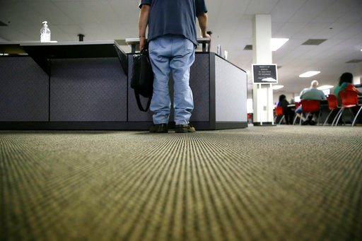 US unemployment claims fall to 222,000, lowest in 44 years - https://t.co/aVDlEKvvdu https://t.co/Nwj5pZ5ggz