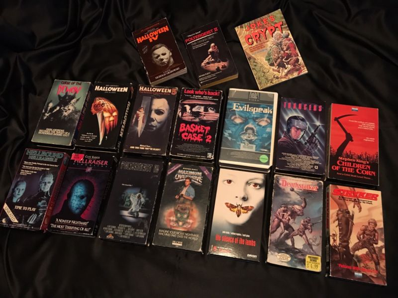 Lot Of 14 Vintage Rare Horror Vhs Tapes Vestron Basket Case 2 Halloween Books  http:// ebay.to/2xTYE3S  &nbsp;   ≈ 94 hours #horror <br>http://pic.twitter.com/cZywuIiOci
