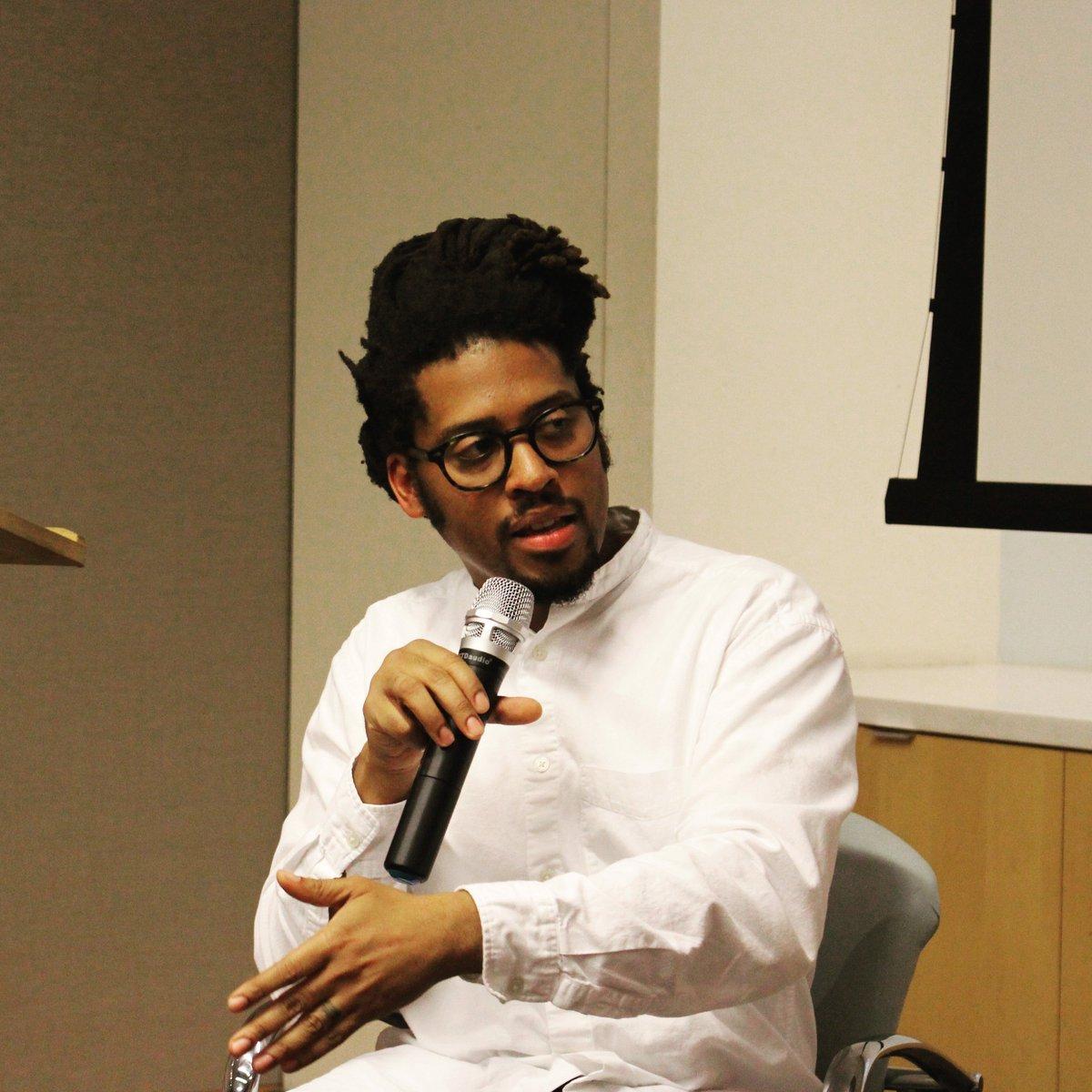 A delightful talk with @BlackGotham&#39;s Kamau Ware, exploring the hidden history of black diaspora in New York. #insideBlackGotham #humanities <br>http://pic.twitter.com/Xsyoxr1dkG