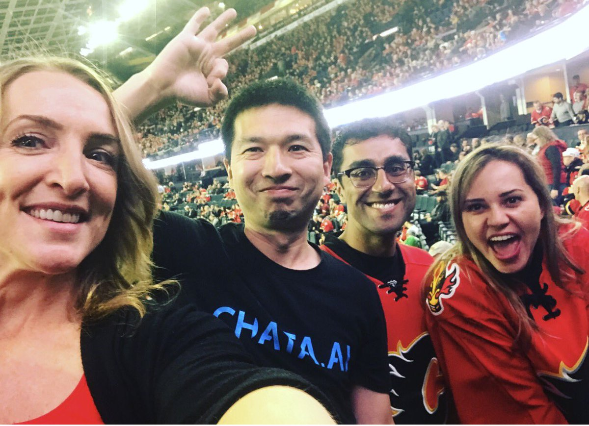 If anyone deserves a night out at the game, it&#39;s these hardworking chata.ai teammates! Gooooo Flames  #CalgaryFlames #funtimes <br>http://pic.twitter.com/sbLLo4O90h