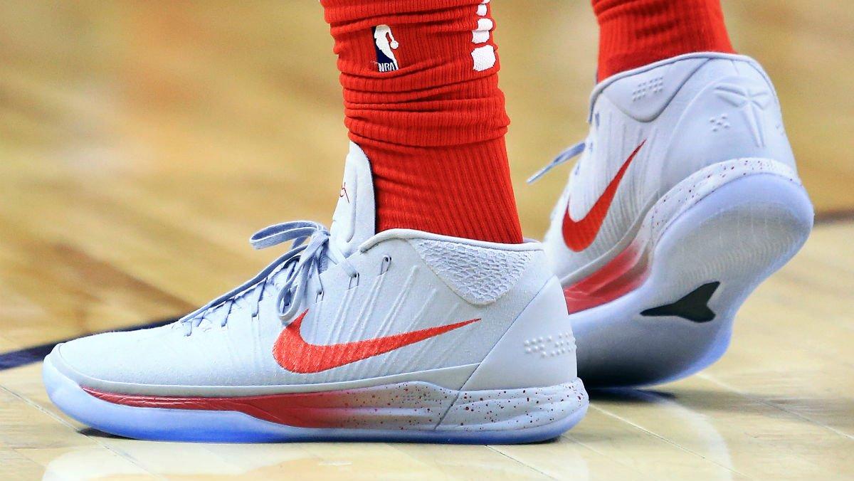 cheaper a073a 66904 Nike Kobe : SoleWatch DeMar DeRozan wearing Nike Kobe Mid ...
