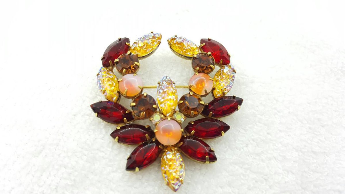 Kramer signed Art glass Colorful large Mid Century  Modern  Brooch  Sparkling Rhinestones  https:// seethis.co/r8Lzn9/  &nbsp;   #midcentury #antique<br>http://pic.twitter.com/dRIZrNwF44