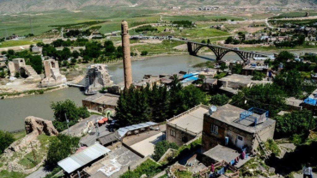Ancient Turkish town prepares to vanish under floodwaters https://t.co/fHLeOaIMDe