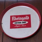Oh, Rheingold. There are so many things to talk about. #craftbeer #betterbeer #instabeer #beerstagram https://t.co/YxnSudsvTf
