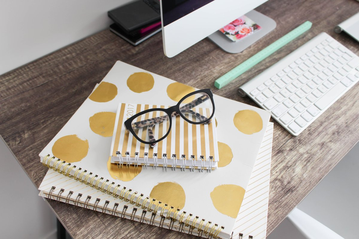 Take a look at my tips on how to make the most of your office work space.  http:// dld.bz/gczVD  &nbsp;   #home #interiors #study #workspace #office <br>http://pic.twitter.com/arqcGtVk8d