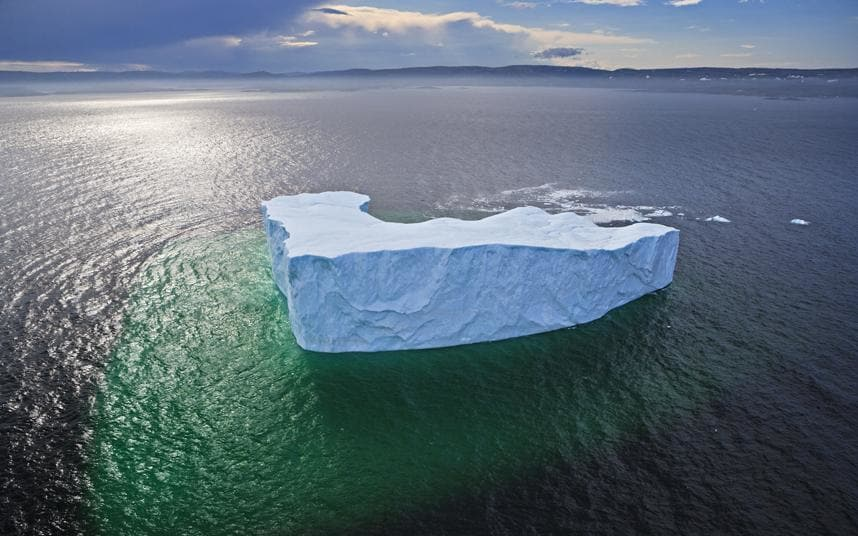 Incredible Facts About Icebergs – And the Best Place on Earth to Spot Them  http:// qoo.ly/imry8  &nbsp;   #Holiday #Travel<br>http://pic.twitter.com/wf1et44an4