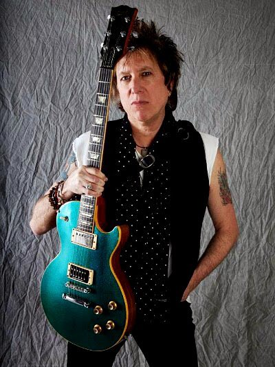 Happy Birthday to guitarist Ricky Byrd (Joan Jett, Ian Hunter), born Oct 20th