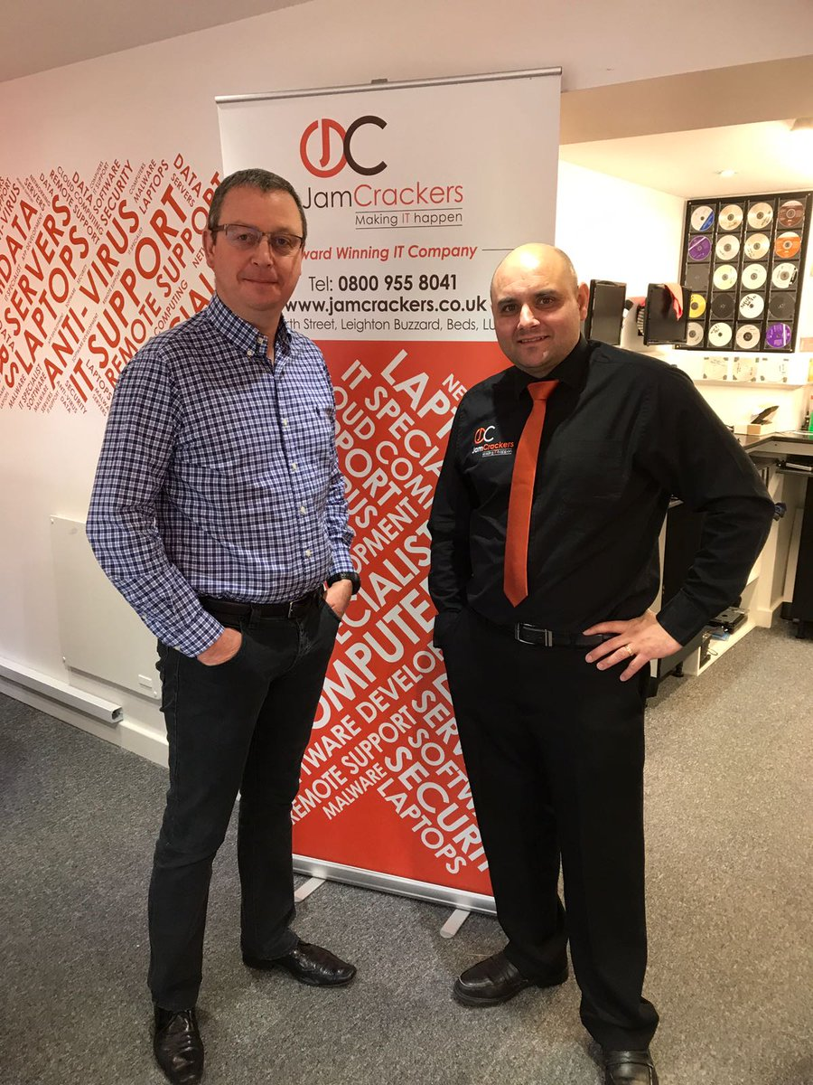 Thank you to Sean  @BedsCyberCrime @bedspolice for the informative presentation @buzzardnetwork this morning. #cybercrime #CyberSecurity<br>http://pic.twitter.com/IEjPbvm7jE