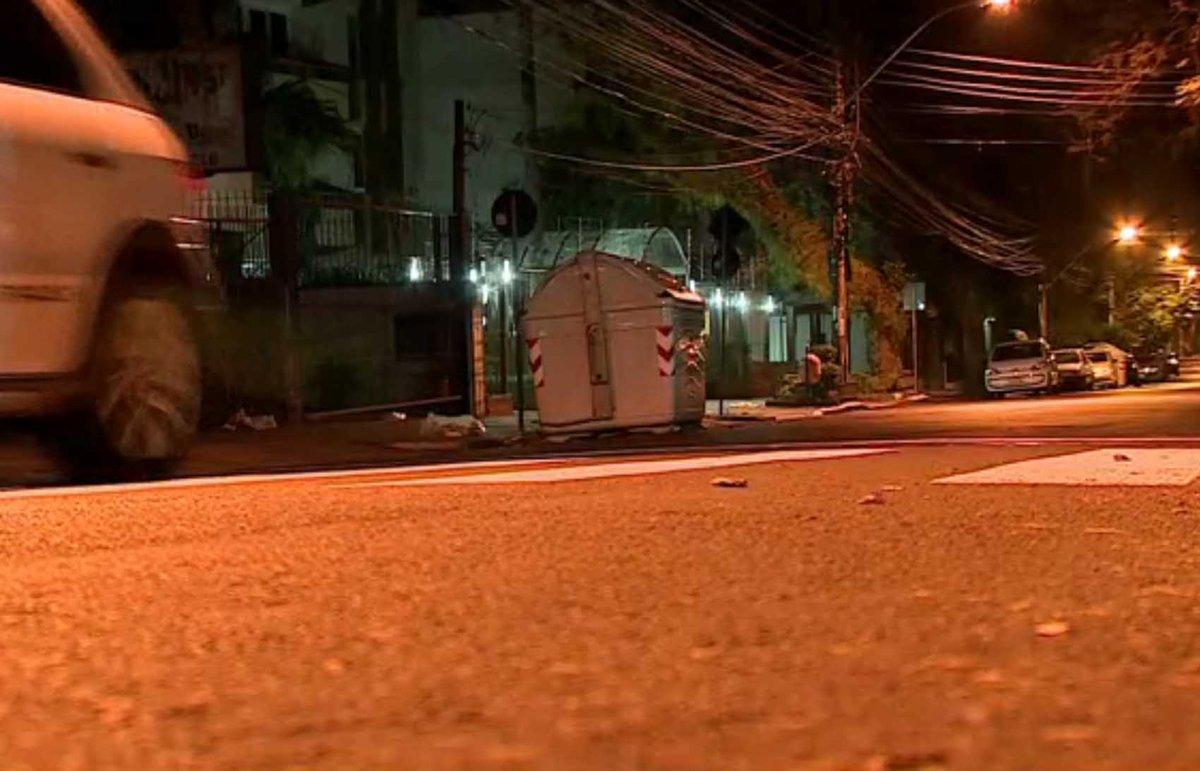 Assaltos em Porto Alegre e em São Leopoldo terminam com pessoas baleadas https://t.co/QFwHCsZv0i