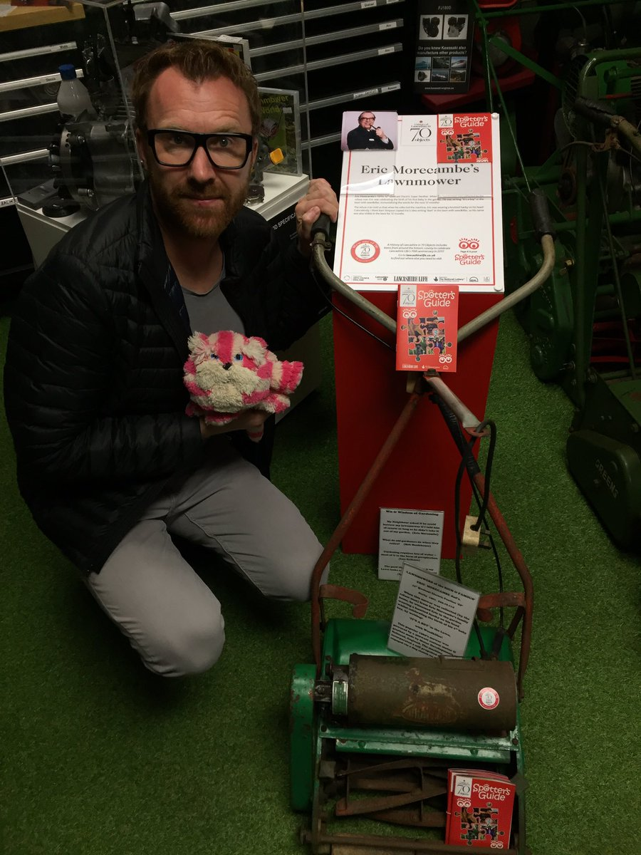 Highlight of my visit to @southportcomedy a visit to the lawnmower museum n seeing Eric Morecambe&#39;s actual lawnmower. #southport <br>http://pic.twitter.com/uwfITuFvGy
