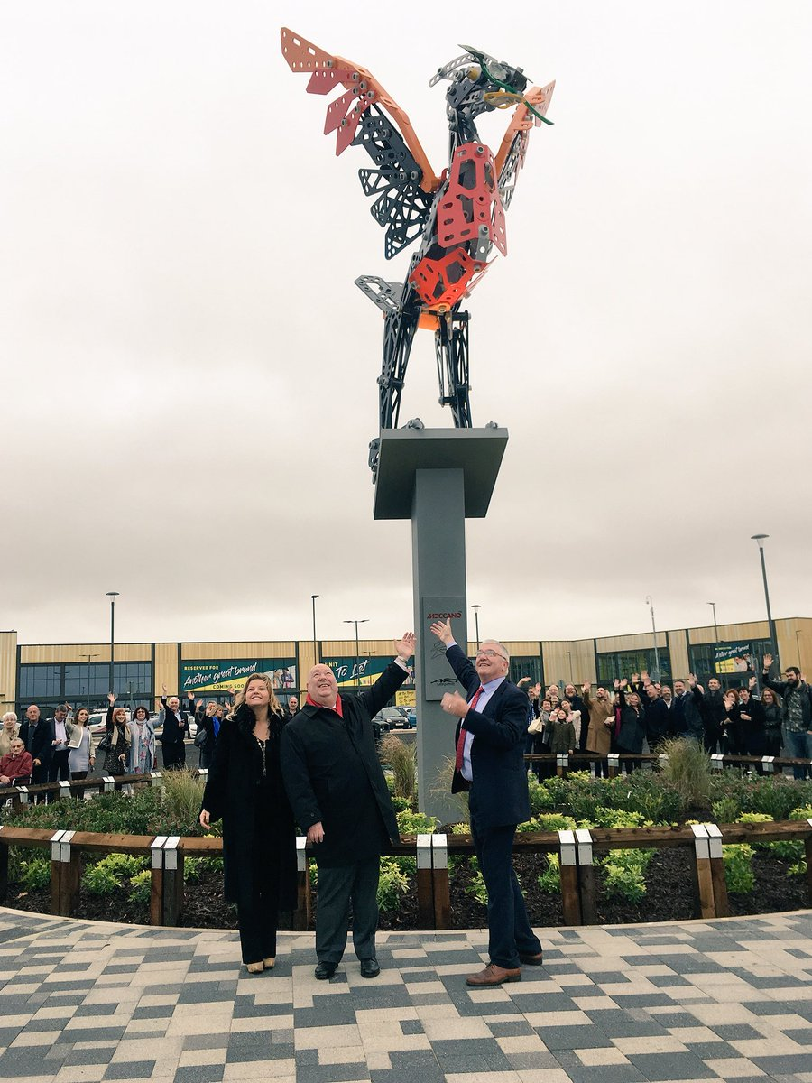 We are officially open! @mayor_anderson @emmarodgersart  #liverpoolshoppingpark #lsp #liverpool #retail <br>http://pic.twitter.com/NBAMjK1SYp