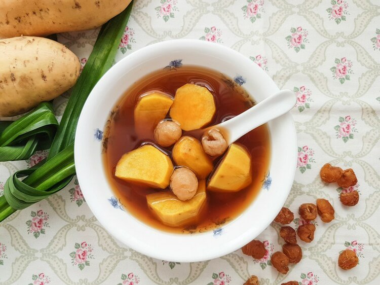Love sweet #potatoes? Try this sweet potato ginger #soup. So easy and delicious!  https:// goo.gl/BThJZZ  &nbsp;   #dessert #recipe #cooking <br>http://pic.twitter.com/Xpz7CMv4ne