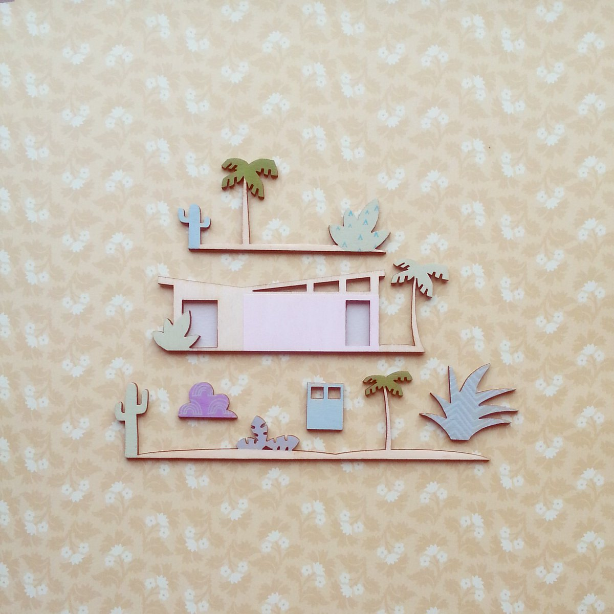 Cheeky wee mid century number on the table today #abk #midcentury #palmtrees #cactus #dinkydiorama #dominodiorama #midcenturyarchitecture<br>http://pic.twitter.com/k1UGE39tLr