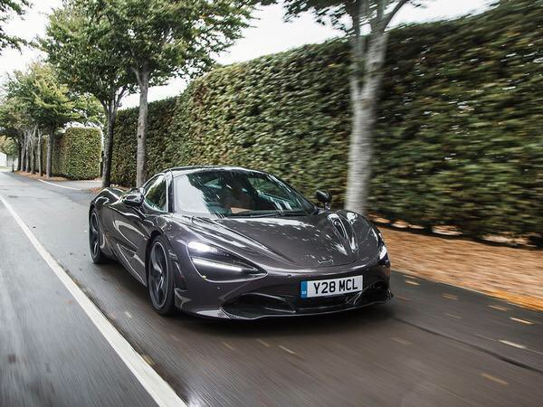 Join @PistonHeads for a drive in the #McLaren 720S -  https://www. pistonheads.com/news/ph-driven /mclaren-720s-driven/36928 &nbsp; … <br>http://pic.twitter.com/SnoWjhzvRd