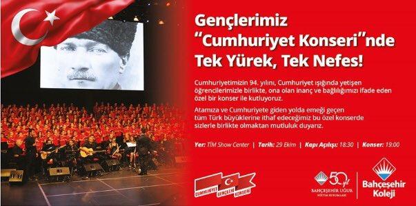 """Gençlerimiz """"Cumhuriyet Konseri""""nde Tek Yürek, Tek Nefes! Siz de bu eş..."""