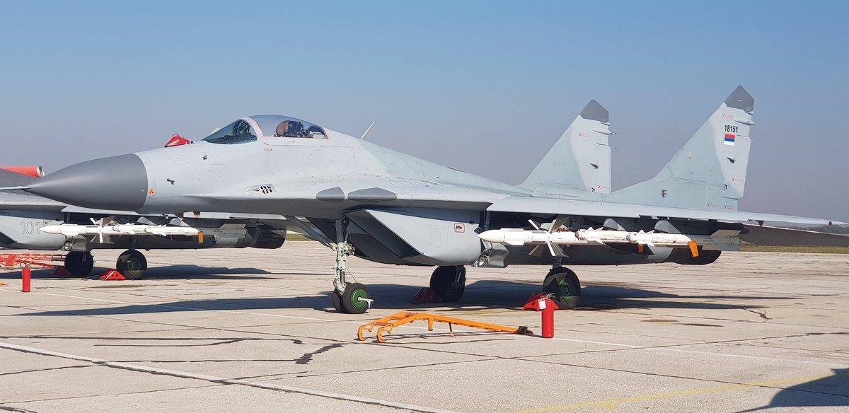 صربيا تعزز قدراتها الجوية بمقاتلات ميغ-29 الروسية - صفحة 2 DMkqWrdWAAAOOPu