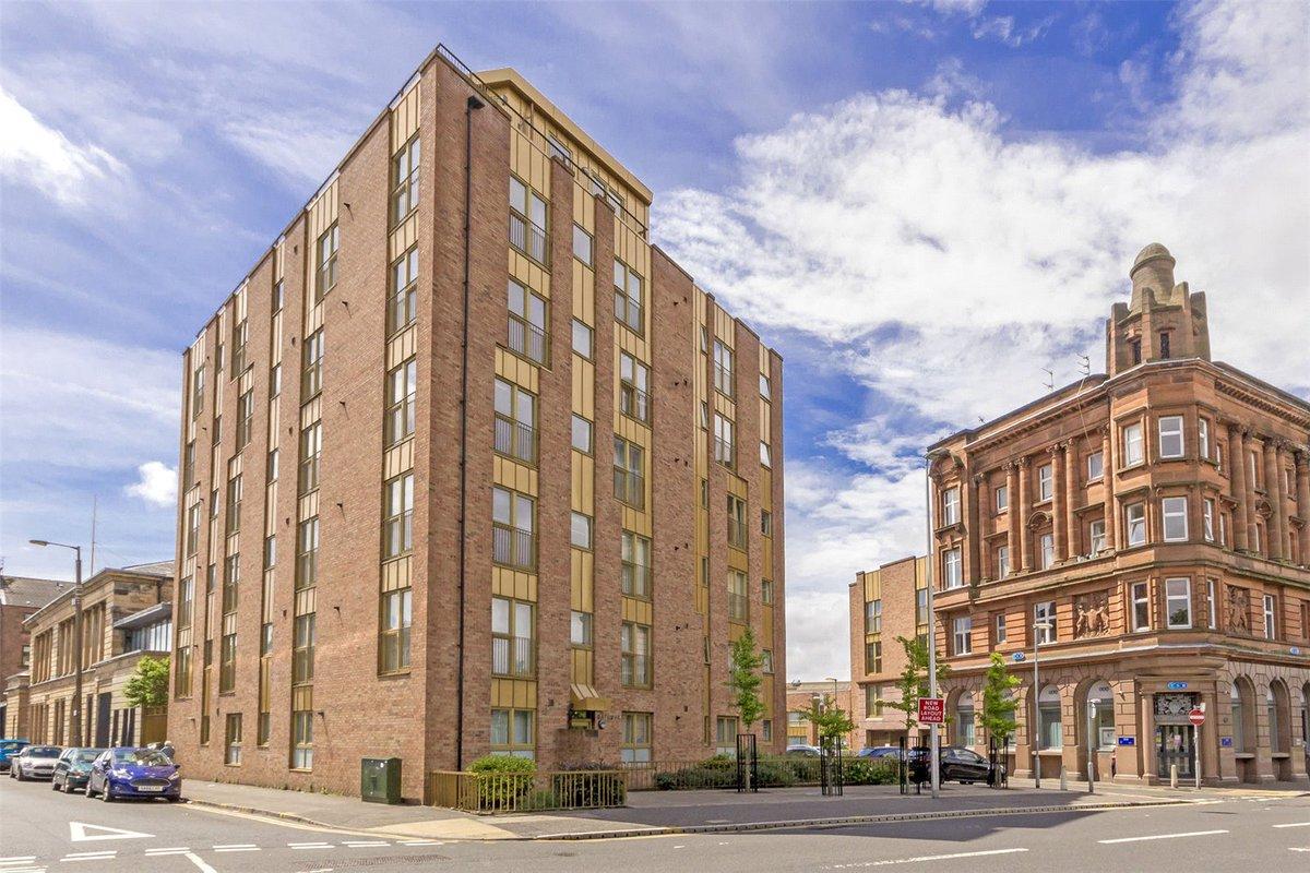 0/3, 701 Govan Road, Govan - Offers over £85,000 @AC_Glasgow #GlasgowNews #Flat #PropertyMarket   https://www. acandco.com/property/detai ls/aacrps-GLS170343/0-3-Govan-Road-Govan-Glasgow-G51-2WW &nbsp; … <br>http://pic.twitter.com/IHUTvgnUP0
