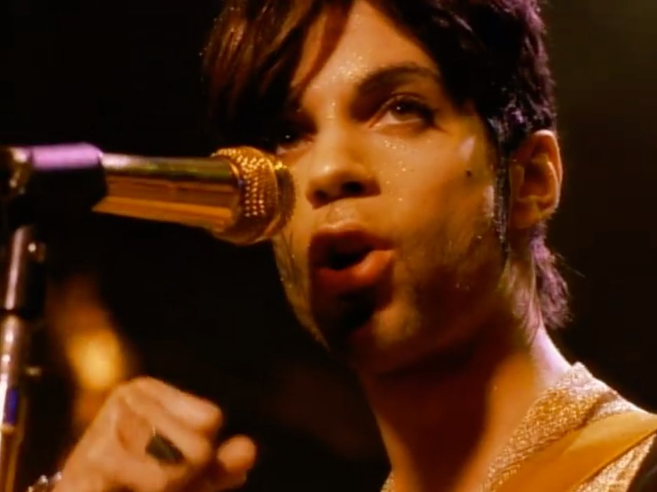 One of Prince&#39;s best anthem songs? #Prince #Gold  https://www. youtube.com/watch?v=7IQE62 Vn4_U &nbsp; … <br>http://pic.twitter.com/D637ZfoW7Y