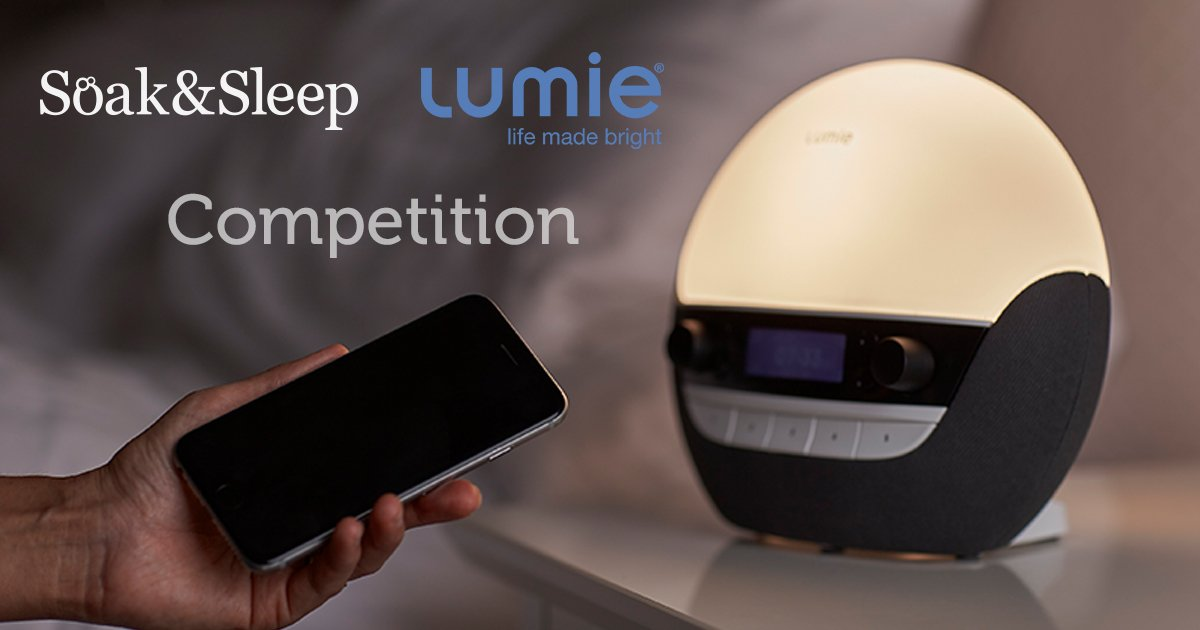 Quick! #Competition closes today at midnight, don&#39;t miss out! @Lumie_lights #win #freebiefriday #rt #comp #prize #fridayfeeling #tgif<br>http://pic.twitter.com/2jmFi1Kw00
