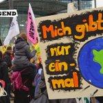 Weil wir nur eine #erde haben! Kommt am 4.11. nach #bonn für die #demonstration zur #weltklimakonferenz: https://t.co/06rDcjavgP