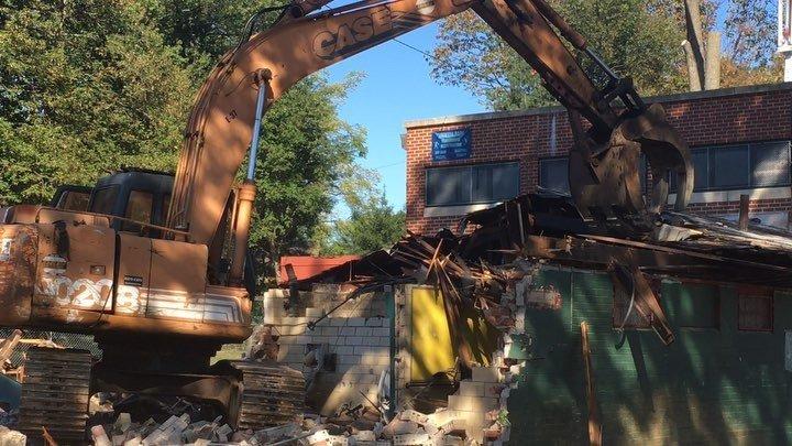 Demolition began at #stenton #park .......... #philadelphia #park #recreation Watch #Instavideo: http:// ift.tt/2xT9UZa  &nbsp;  <br>http://pic.twitter.com/i4e3tfLV4e