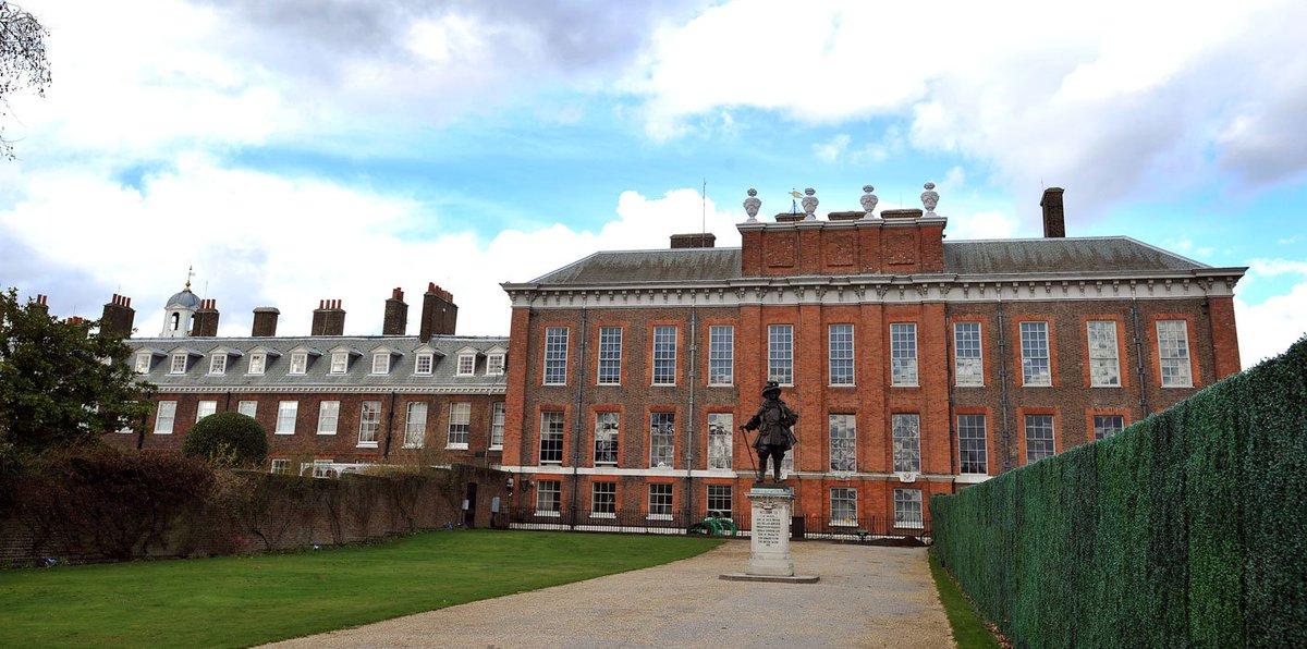 @Londonist @visitlondon @visitthecity @cityoflondon @MrMStuchbery H @GroovyHistorian @LondonHistorian @HistoryLondon @HistoryNeedsYou @greg_jenner @HRP_palacese even added a little bit to Kensington Palace for good measure. https://t.co/Je7LosJmQA