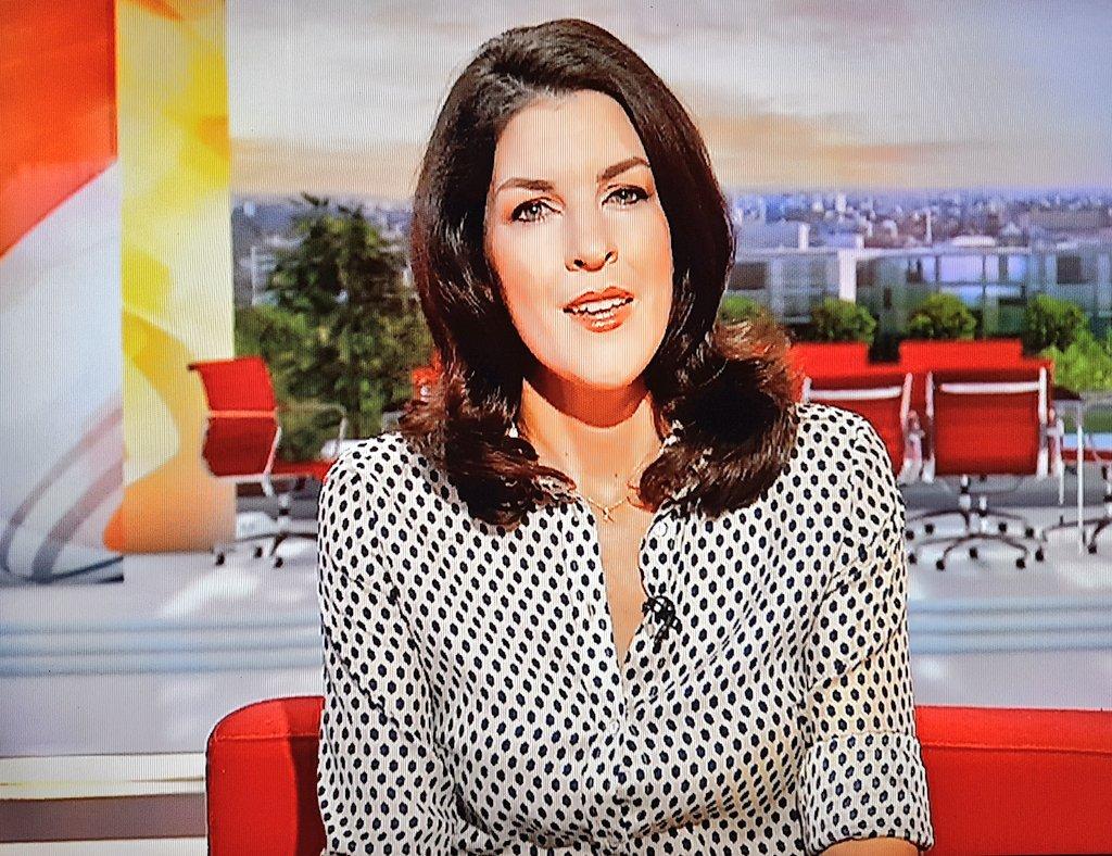 Fabulous Kat presenting on #bbcbreakfast #katherinedownes #style #fashion #legs #heels #trousers #blackandwhitetop #smile #glamorous <br>http://pic.twitter.com/99irddvxER