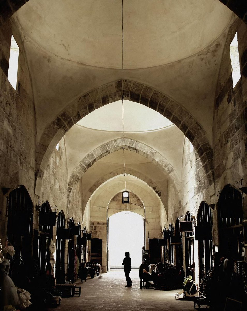 The Middle East &amp; North Africa's digital souks #underground is where culture, ideology &amp; #cybercrime meet:  https:// buff.ly/2ywXdXX  &nbsp;  <br>http://pic.twitter.com/8bw1wUjIpw