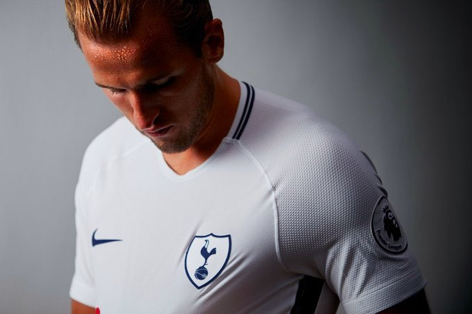 Jürgen Klopp: &quot;Harry Kane isn&#39;t just one of the best strikers in Europe, he&#39;s now one of the best strikers in the world&quot;. #COYS  #THFC<br>http://pic.twitter.com/0q4lnJtQM8