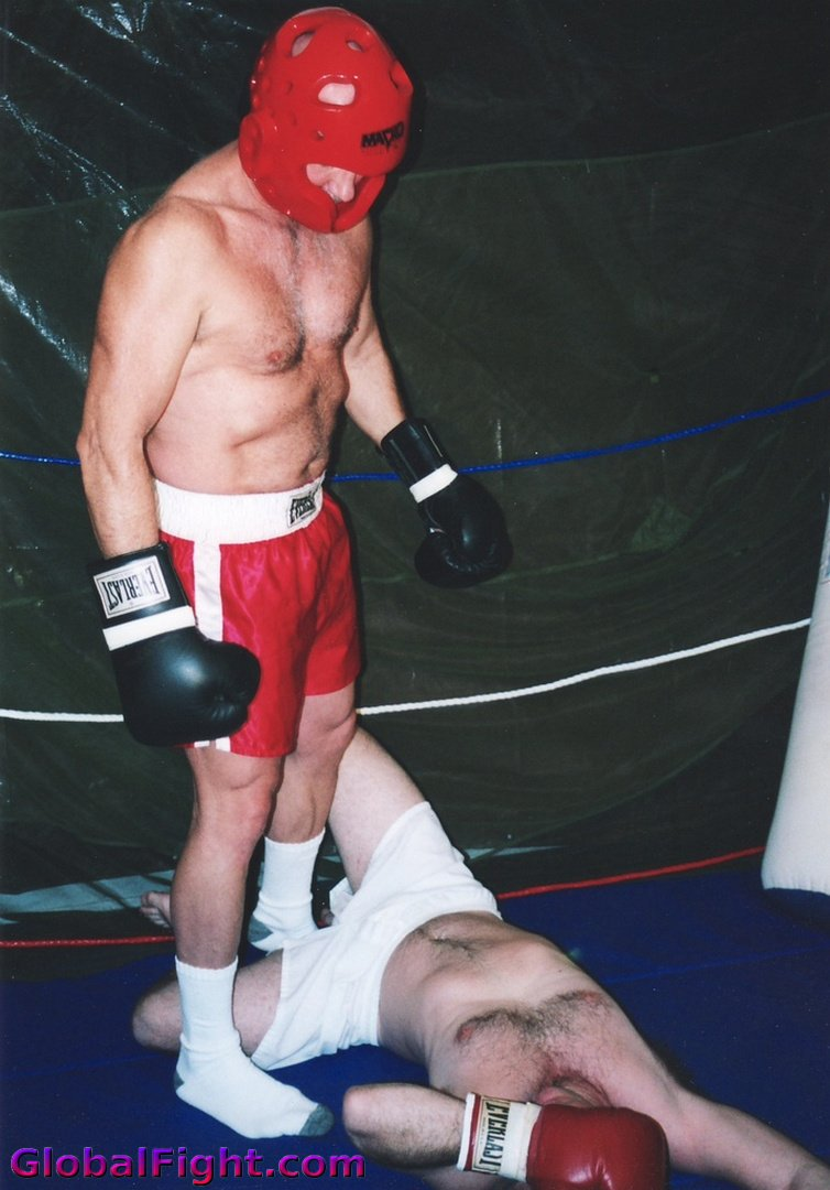 My  http:// GLOBALFIGHT.com  &nbsp;   knockedout fight pal #knockedout #tko #fighting #boxing #boxer #guy #punched #fighter #brawler #sports #athlete<br>http://pic.twitter.com/pxUcMOi5gf