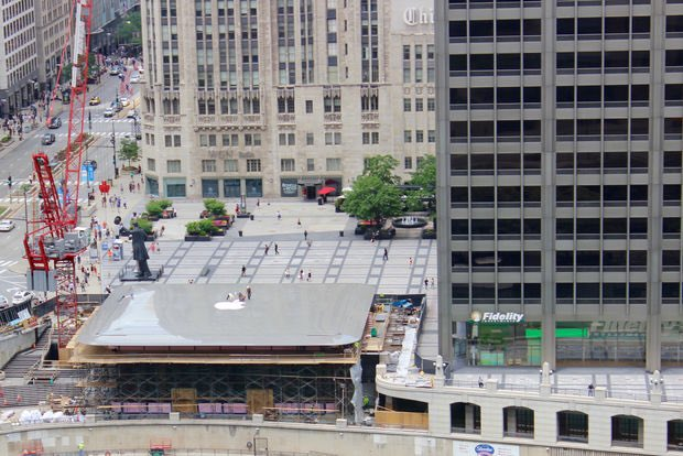 Apple Chicago opens tonight &amp; we've been in line since 2am. Ok, we haven't...  Road trip next week!  http:// cnet.co/2yvDFnk  &nbsp;   #retail <br>http://pic.twitter.com/PZqMlnzL7v
