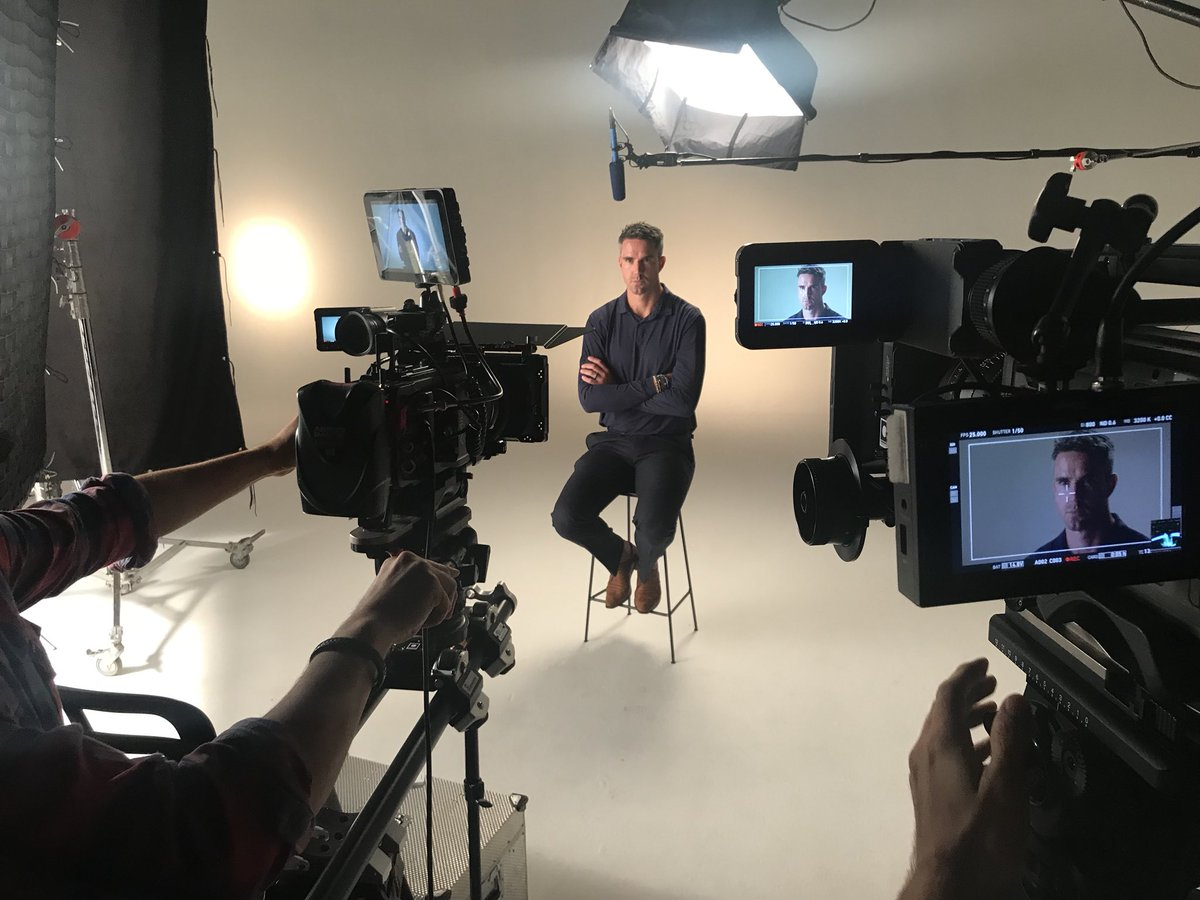 Our shoot with @KP24 is all wrapped up. Watch this space! #TheAshes ht...