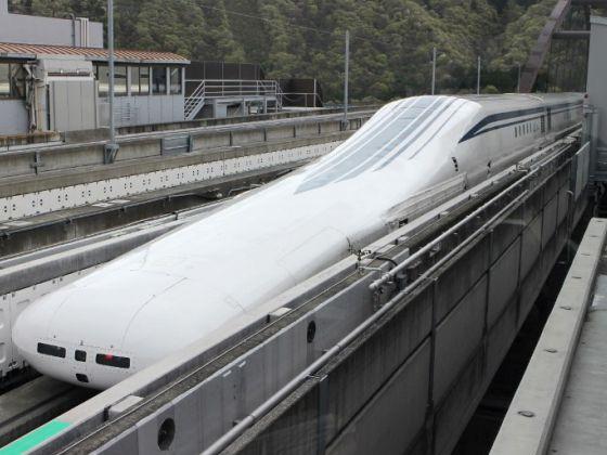 Japan's new maglev train line runs headlong into critics https://t.co/eqdJ4jXxaJ