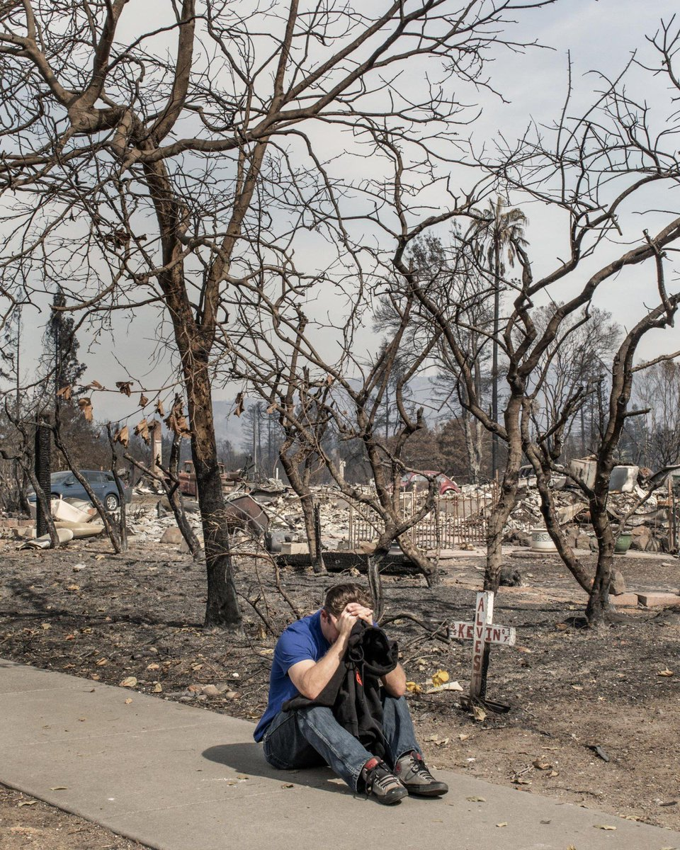 Images from the wildfires that ravaged 7 counties in Northern California https://t.co/9n8GU6dcrU