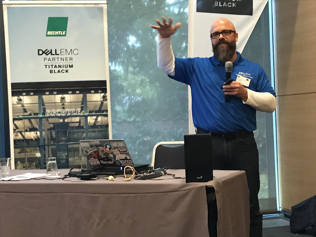 @jensklasen is on fire for #VSAN at the @bechtle_ag DataCenter community in beautiful Münster. #vxrail #hci #welovewhatwedo<br>http://pic.twitter.com/gS9EyhkyeF