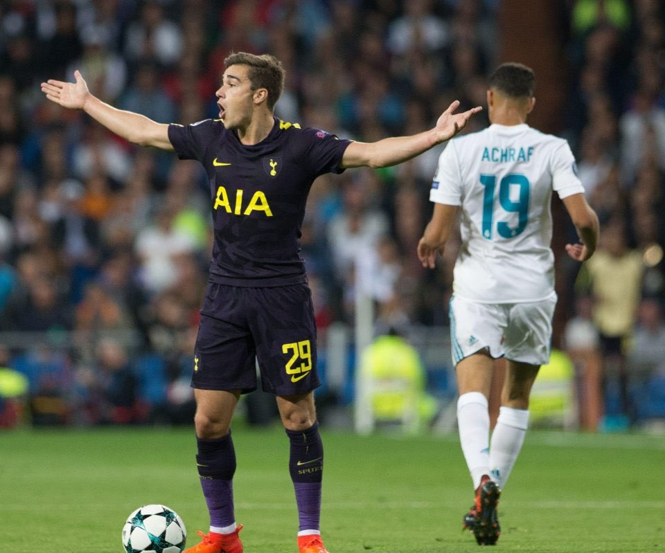 How many RT will it take for @HarryWinks to change his squad number to 40 ??  #COYS #THFC #OneOfOurOwn #MidfieldMaestro #tottenham<br>http://pic.twitter.com/V07yqlzrqm