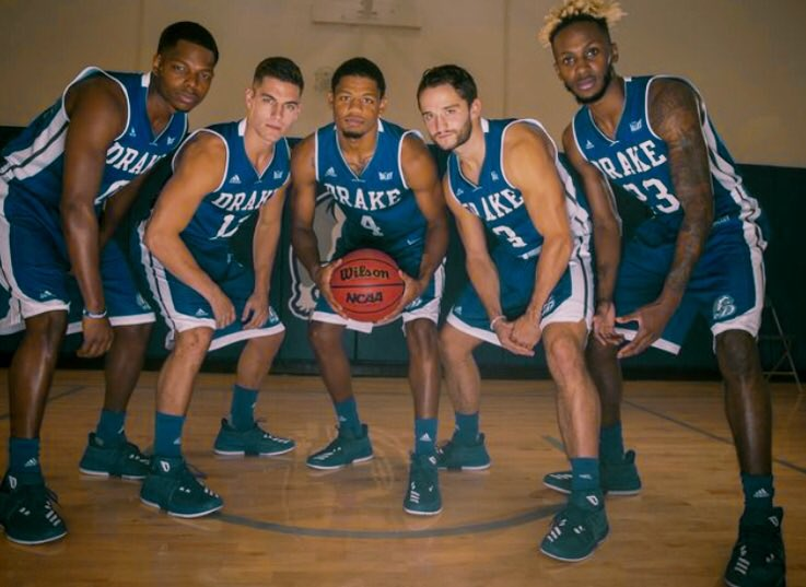 #FollowFriday   The Vets   See  them tomorrow in action for the time this year at  am in the Knapp Center <br>http://pic.twitter.com/juhBoUY6oN &ndash; à Knapp Center