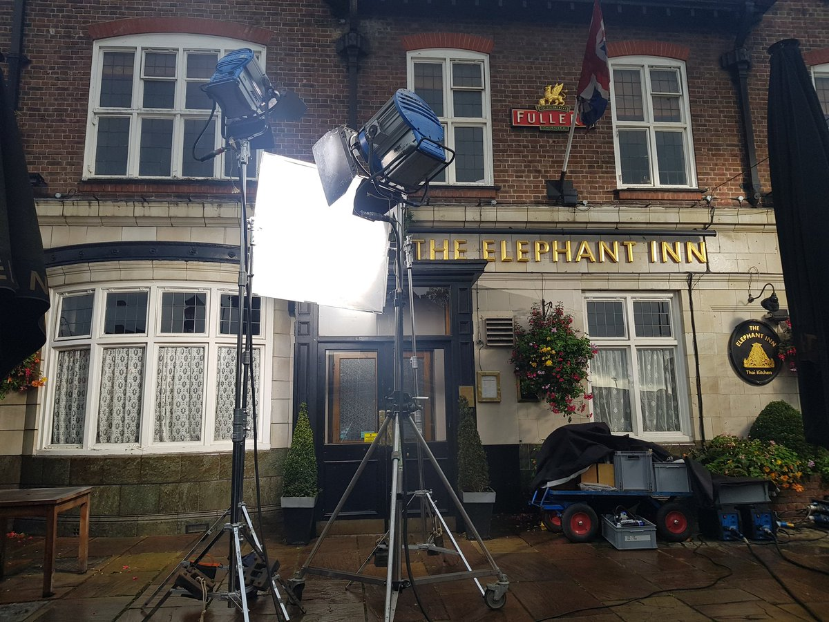 The morning the pub stepped back in time!! Thank you @itv for choosing us as your location...#endeavour #inspectormorse #quietonset<br>http://pic.twitter.com/8a6wWZHUb3