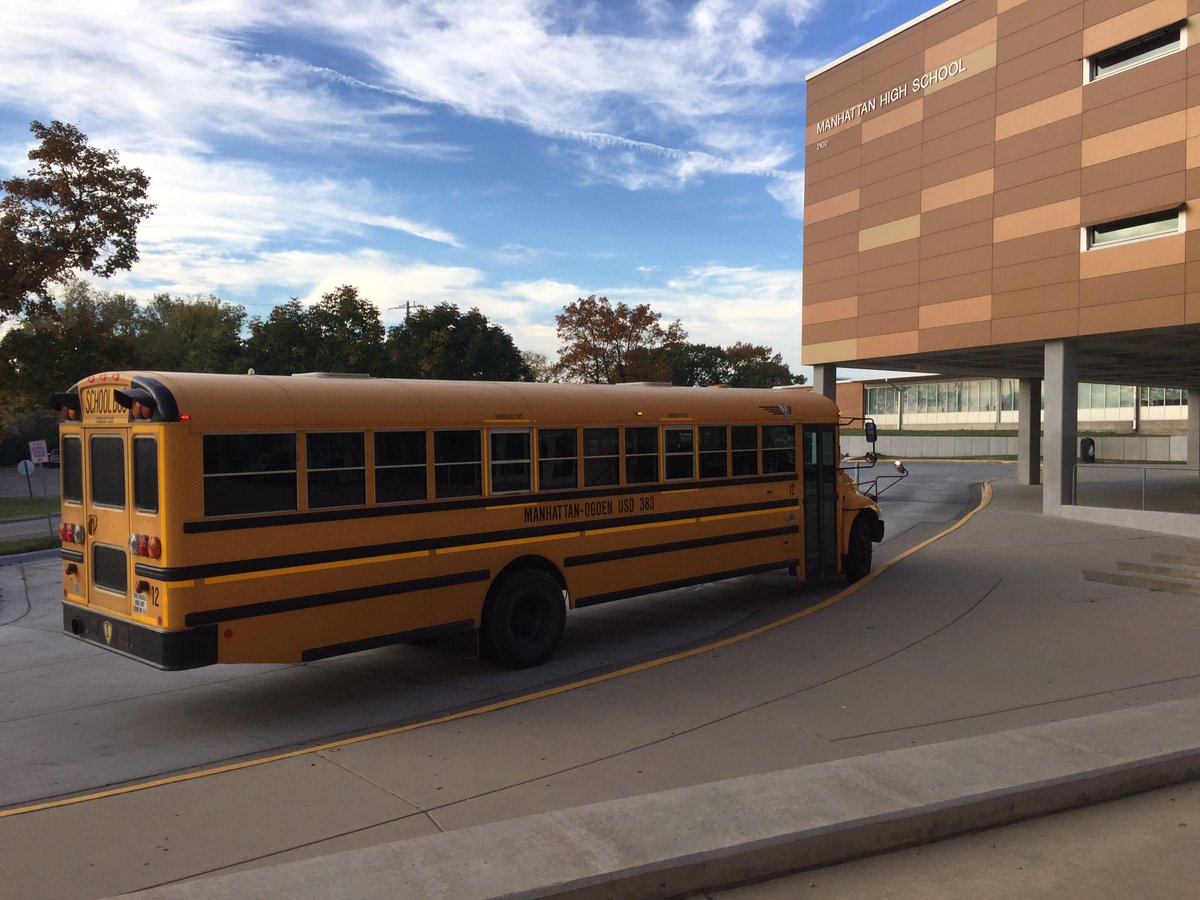 Usd 383 On Twitter And They Are Off Career Exploration Day For Mhs Students Visiting Florence Man Via Christi Gtm Mhkchamber