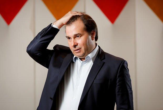 Pronto para impor sua própria pauta | Para aliados, Rodrigo Maia deve assumir papel de ''CEO do país'' https://t.co/szXmZ7fyLK