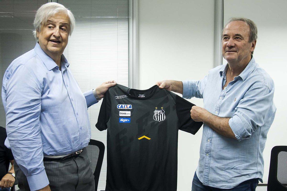 Modesto marca reunião com Levir e demissão do Santos será discutida: https://t.co/ZWHq4lqzvw