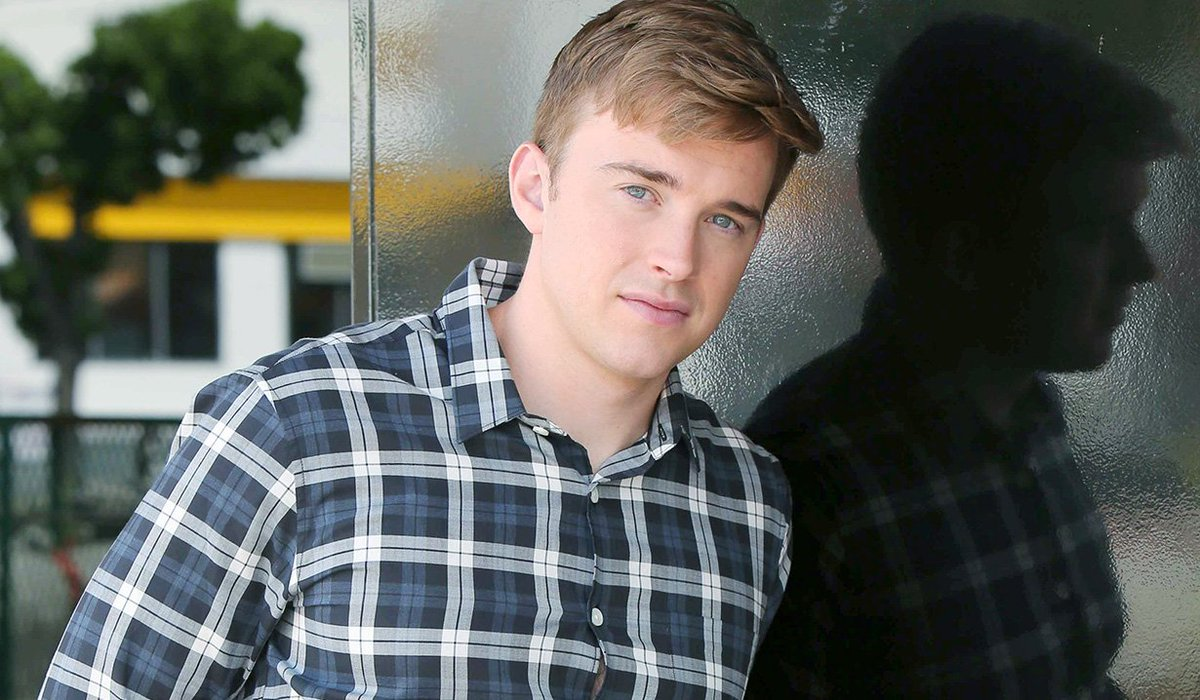 #DAYS SOD interview with Chandler Massey teases who Will has become!  http:// soaps.sheknows.com/days-of-our-li ves/news/50244/chandler-massey-teases-changes-to-will-hortons-character-on-days &nbsp; … <br>http://pic.twitter.com/ihLuO06E9n