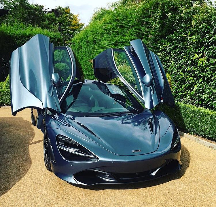 McLaren 720S looking beautiful with those doors  #carcapers #mclaren @McLarenF1 @McLarenGroup<br>http://pic.twitter.com/Urm7v67Nm2