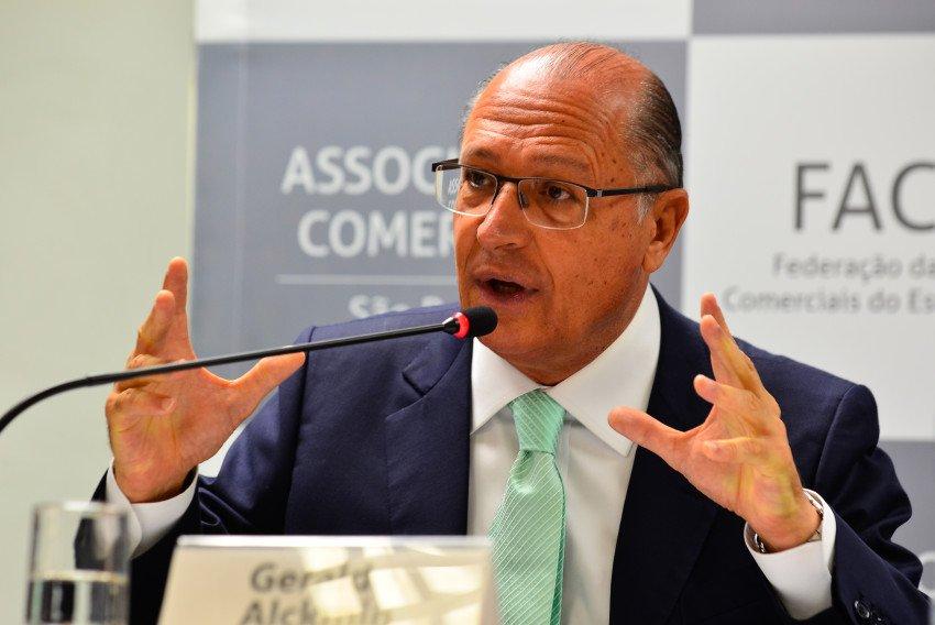 Do @portaljovempan: Alckmin diz que se prepara para concorrer à Presidência da República https://t.co/DKKYFR1ycF