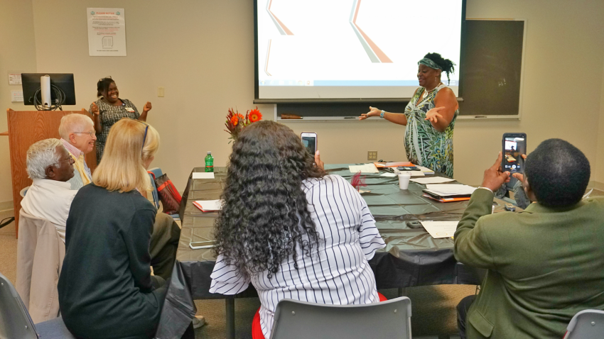 We have to brag on the people who attend our Community Scientist Academy. They all bring an irresistible abundance of energy, curiosity and sense of service, and we always bond. We graduated another superb class and we&#39;re looking forward to our next Academy in Jan!   #CTSA #NCATS<br>http://pic.twitter.com/Pe1j2gQwX9