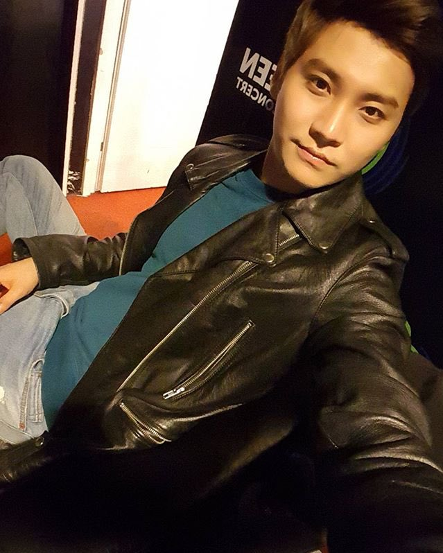 171021 Seunghyun&#39;s IG  I want to get the concert photos too.......ㅠㅠㅠ #Russia #Tonight #Runight #Thx #IWannaDrink #Some #Vodka <br>http://pic.twitter.com/uQJTAg7fru