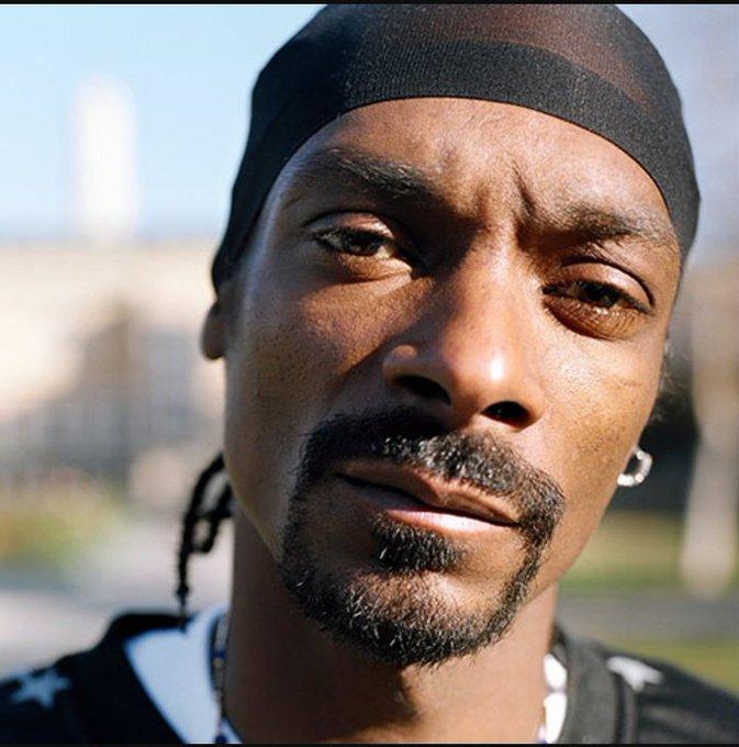 Happy birthday, Snoop Dogg a fuckin legend