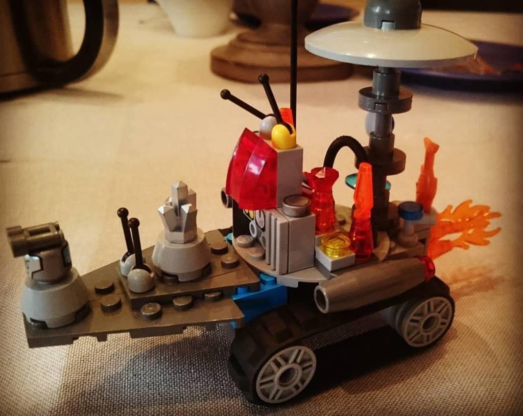 #steampunk #LEGO #kreativamabend #bastelnmitkindern https://t.co/xuug2NpgzG